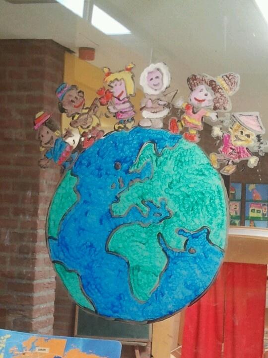 Raamschildering thema de wereld rond