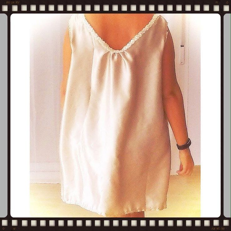 Something for the evening out. Made of #recycledmaterial (curtains) #recycle #recycled #reciclaje #reciclajecreativo #reciclajeconestilo #hechoamano #handmade #sewing #coser #style #moda #fashion #summer  #midiseño #mydesign #sustainable #sustainableliving #sustanible #sustaniblefashion #vhga #granalacant #santapola #ethicalfashion #reuse