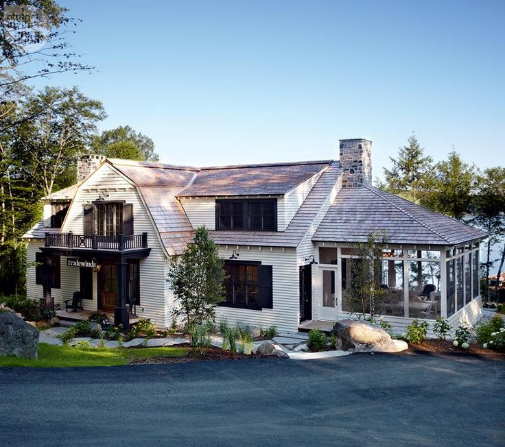 House Tour: Coastal Style Cottage