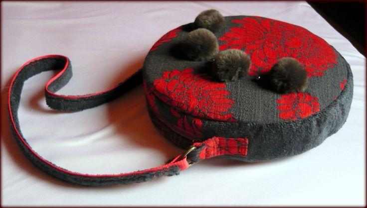 Handmade by Judy Majoros - Grey-red carpet round bag with pompoms.Shoulder bag. Crossbody bag.  Recycled bag