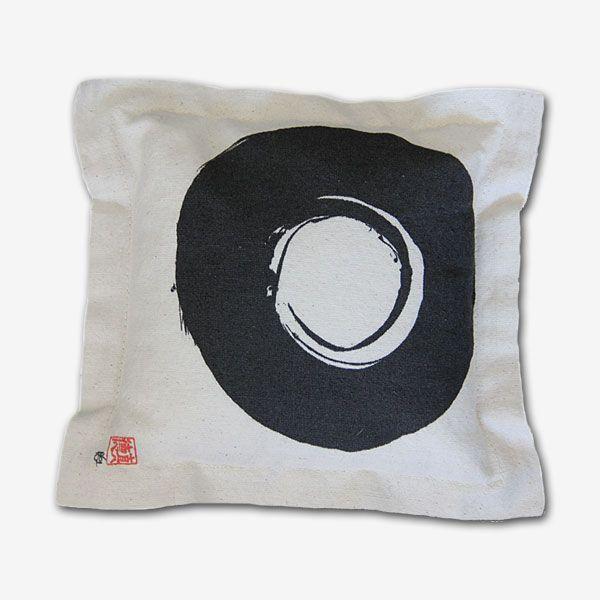 Funda cojín tela 100 % algodón, estampado digital, diseño símbolo enso
