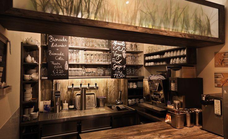Vom Cocktail bis zum Kölsch wird ein großes Getränkeangebot für Sie bereit gehalten.