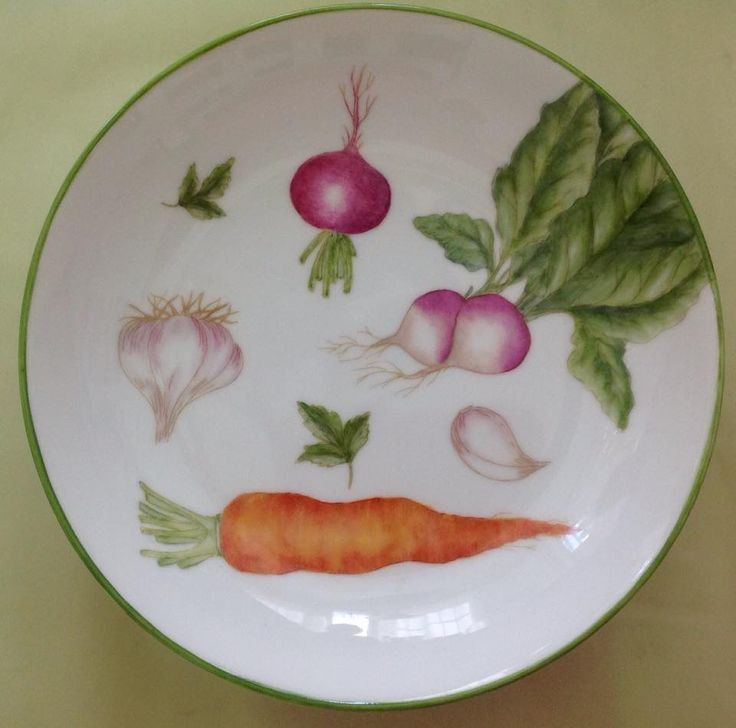 plato ensalada pintado por Mara.