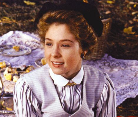 1000 Ideas About Megan Follows On Pinterest Reign Anne