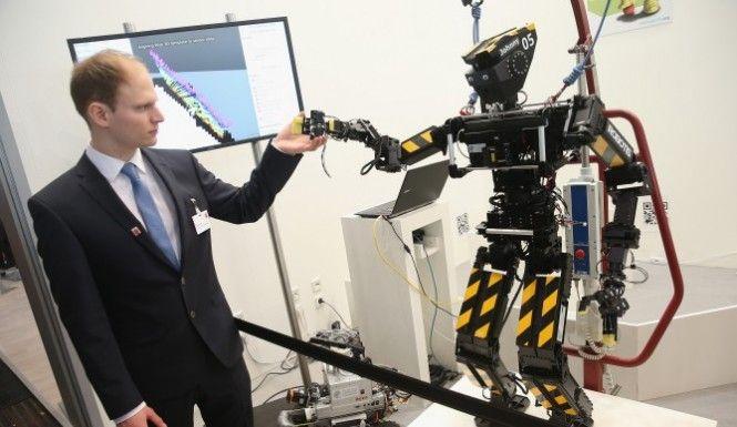 Prof. Yuval Harari Says The Rich Will Be 'God-Like Cyborgs'