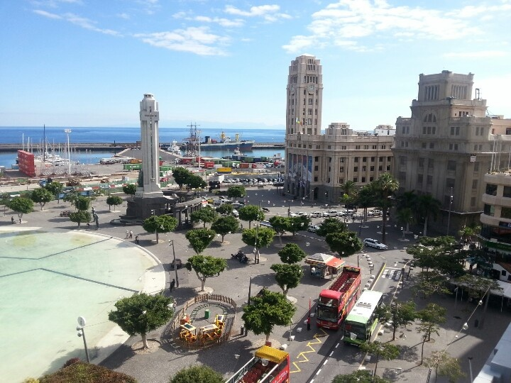 Plaza de España y Cabildo de Tenerife, Santa Cruz de Tenerife