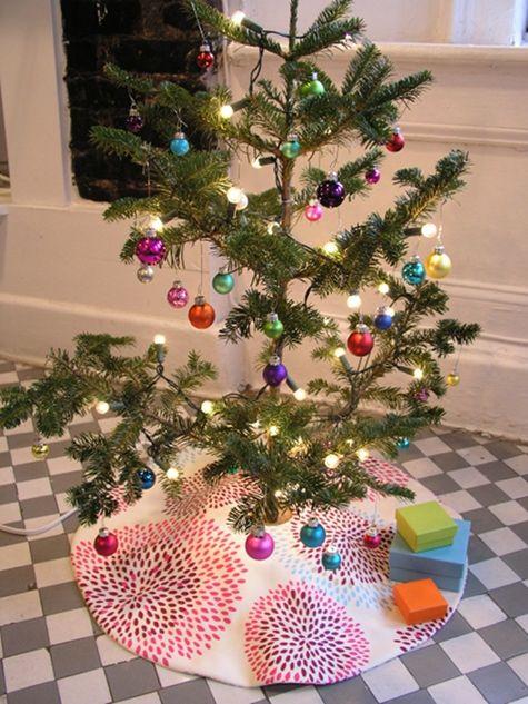 sewing 101: tree skirt: Xmas Trees, Christmas Time, Skirts Diy, Diy'S, Diy Trees, Christmas Trees Skirts, Christmas Tree Skirts, Diy Christmas Tree, Christmas Ideas