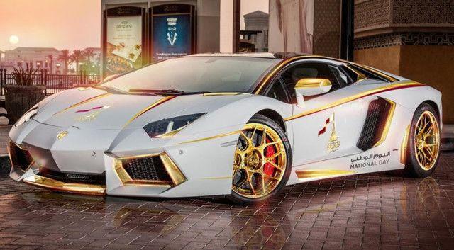 La Lamborghini Aventador plaquée or demandée par un homme d'affaires qatari, toujours équipée d'un V12 de 700 chevaux.