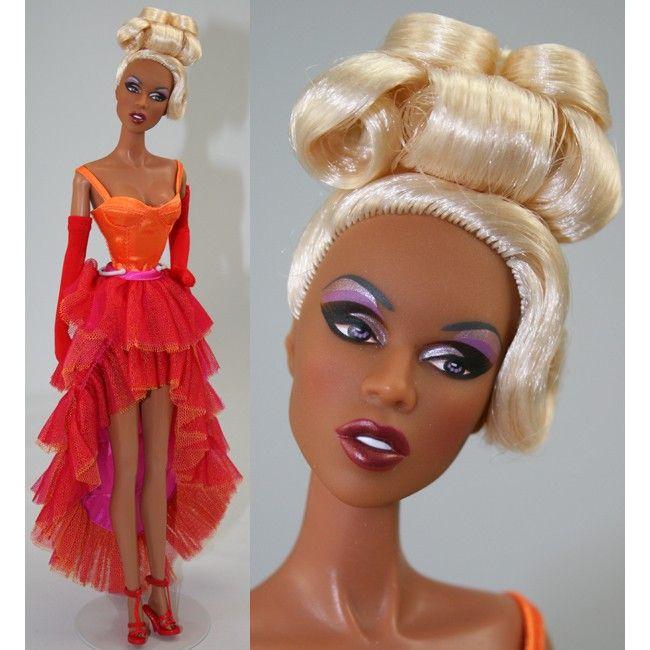 630 Besten Fashion Dolls Bilder Auf Pinterest Modepuppen