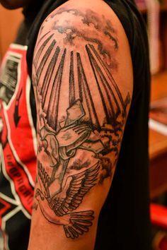 Tattoos Of Sun Rays Through Clouds Pin Pin Dove Sun And Energy Rays Sun Rays Tattoo Ray Tattoo Tattoos