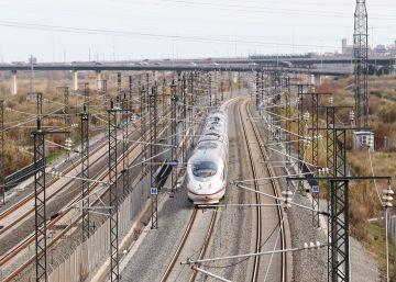 Diez años a todo tren entre Madrid y Barcelona