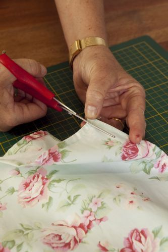 Como Faz Tudo: Como fazer lençol de elástico - Passo a Passo