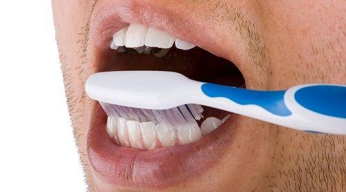 Cómo cepillar nuestros dientes correctamente