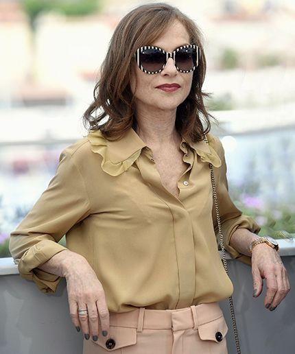 French Icon & Oscar Favourite Isabelle Huppert Talks To R29 #refinery29  http://www.refinery29.uk/2016/12/130111/isabelle-huppert-interview-elle-oscars-best-actress