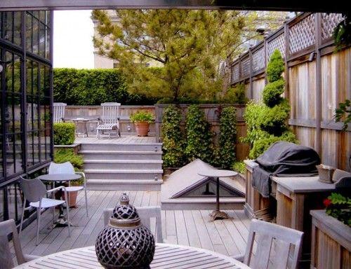 Une terrasse sur le toit / Rooftop patio