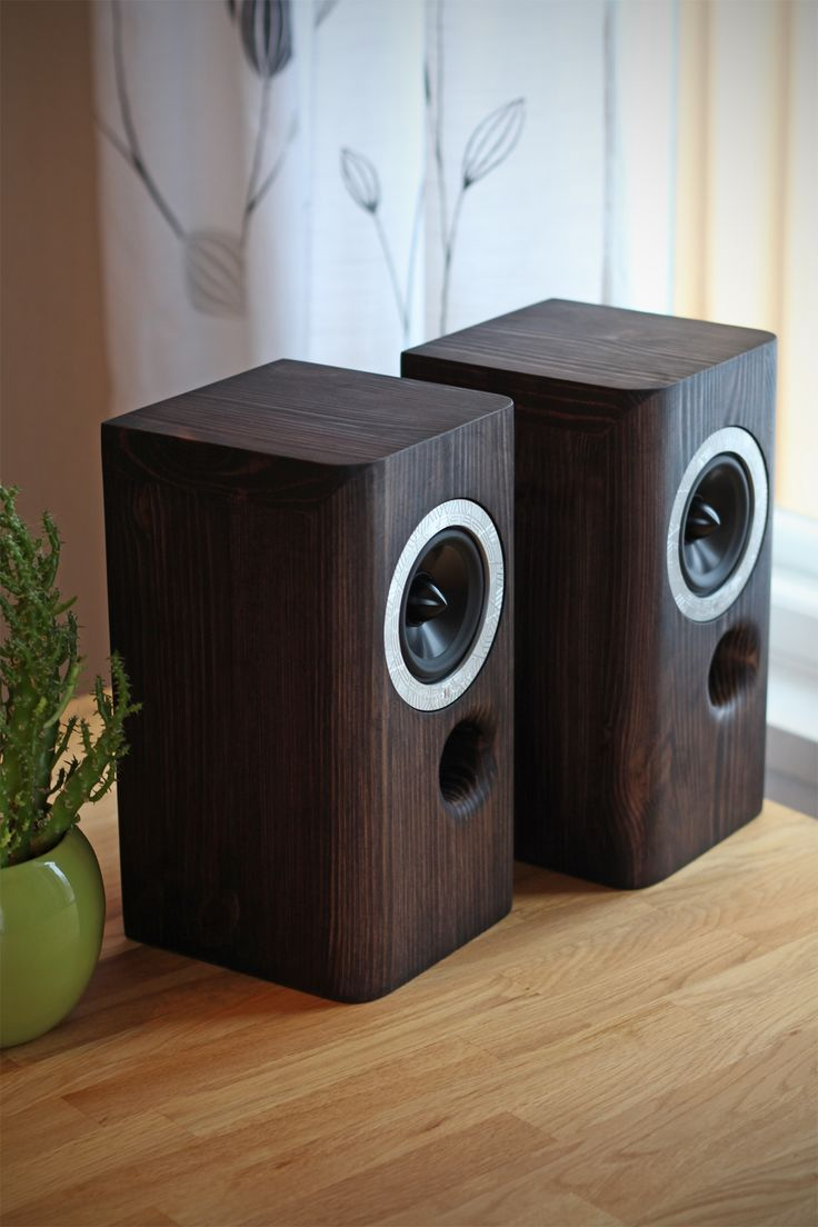 how to connect bookshelf speakers to computer