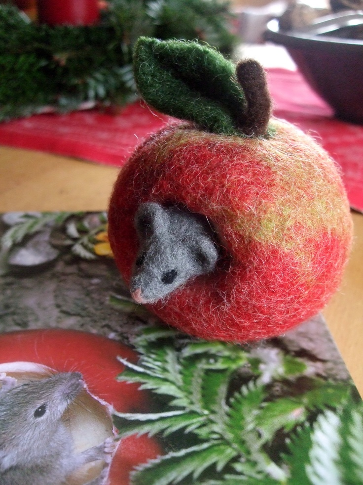 Nadelgefilztes Apfelmäuschen von Andrea Hunger