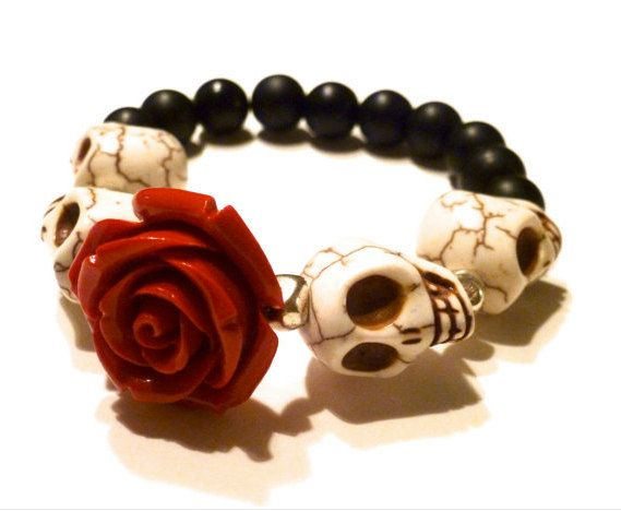 Dia De Los Muertos Bracelet (Day of the Dead Bracelet): Howlite Skull & Onyx Beaded Bracelet. $35.00, via Etsy.