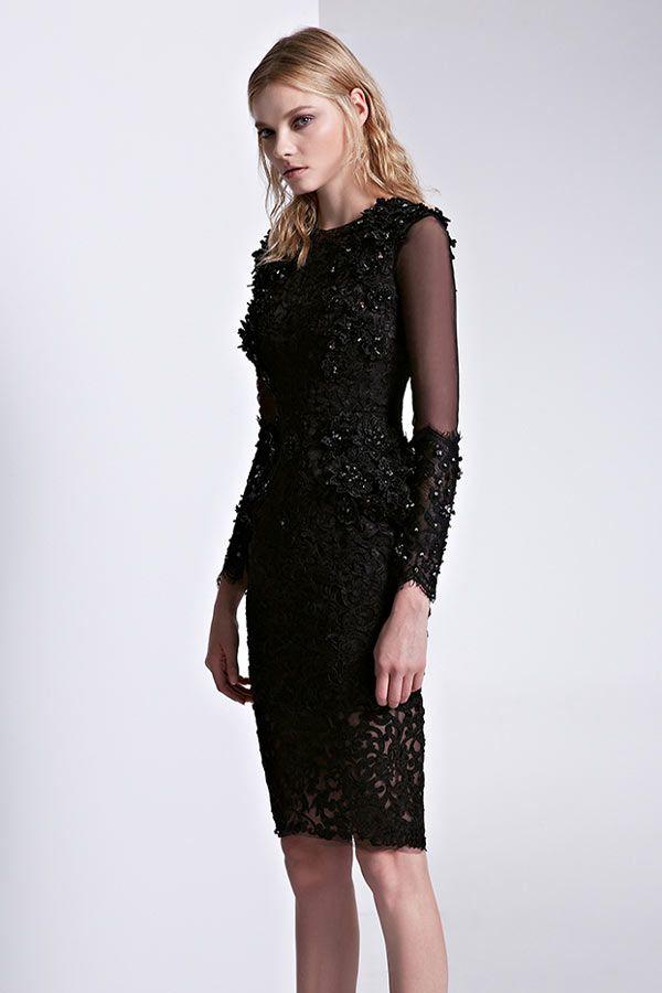 robe noire moulante appliquée avec manche