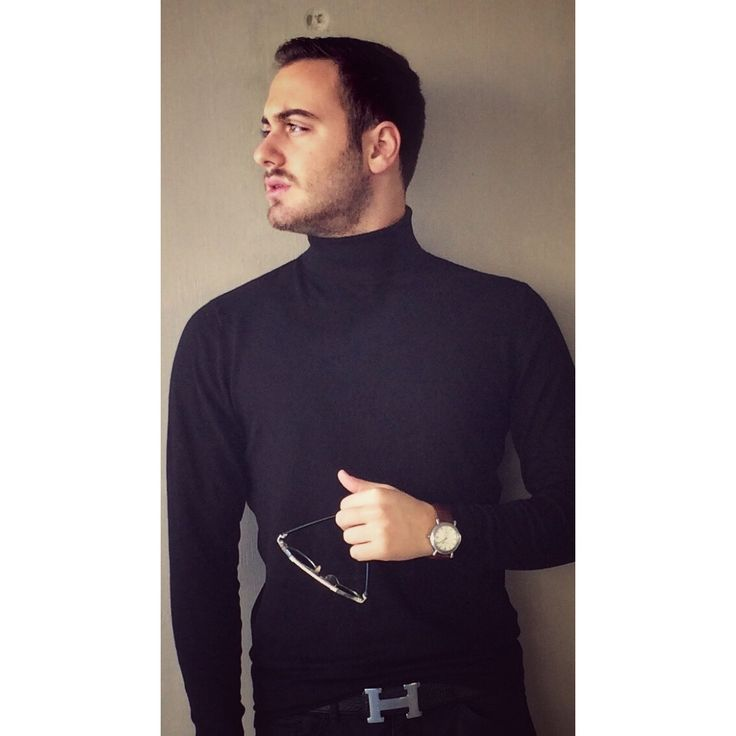 Posing wearing Hermes Belt, Dior sunglasses,Zara shirt and Vacheron Constantin Watch