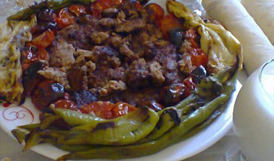 Urfa Usulü Domatesli Tava Tarifi / Marifetlitarifler'den yemek tarifleri