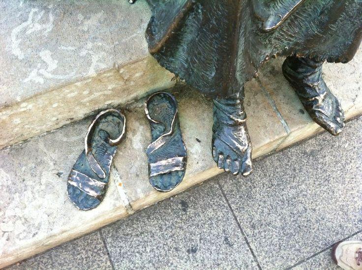 Las sandalias del peregrino