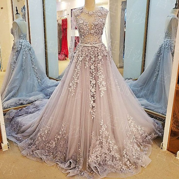 Long Sleeve Cathedral Train Wedding Dresses_Wedding Dresses_dressesss