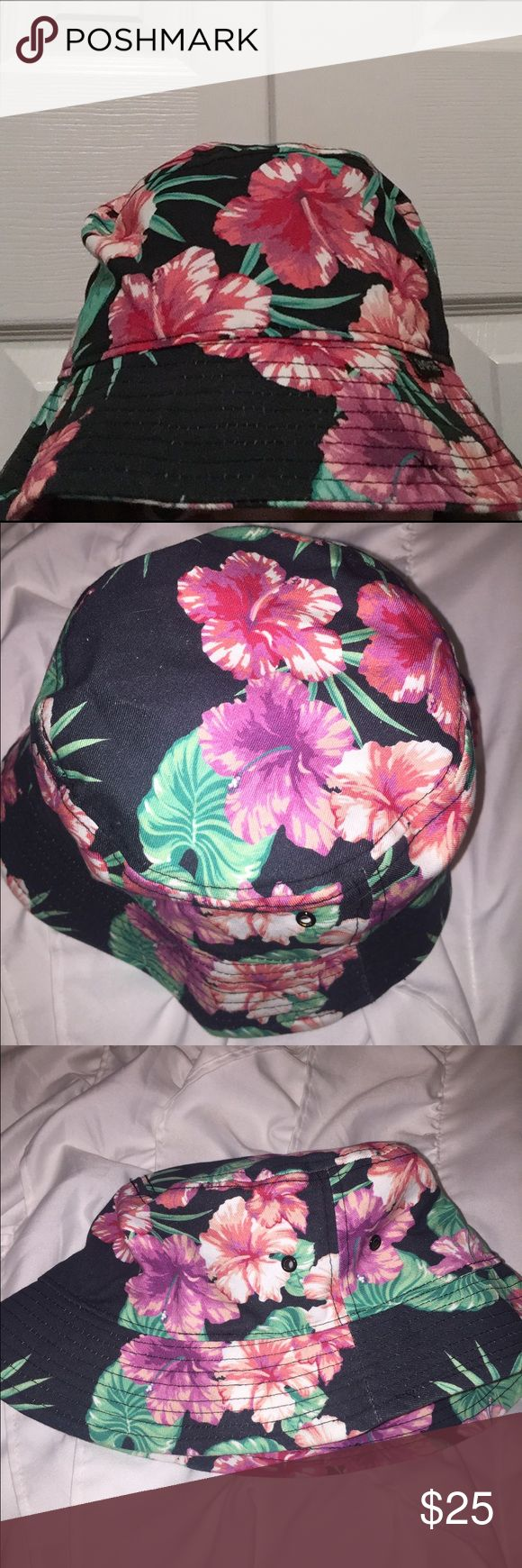 Floral Bucket Hat Worn twice. Great condition. I got it from Zumiez a while back and just never got into the hat trend... Zumiez Accessories Hats