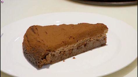 Her er kagen, som ifølge Bo Bech skal fordoble salget på Bornholmerfærgen. Opskriften er lige så enkel og smuk, som kagen selv! Fra 'M...