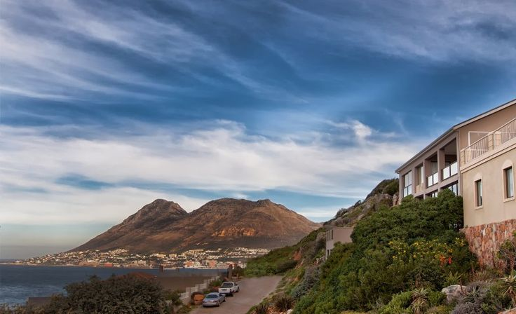 3 bedroom house for sale in Glencairn Outstanding Mountainside Property