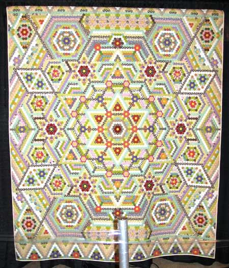 This is an awesome GMF by a Japanese Quilter (I couldn't find the attribution.)