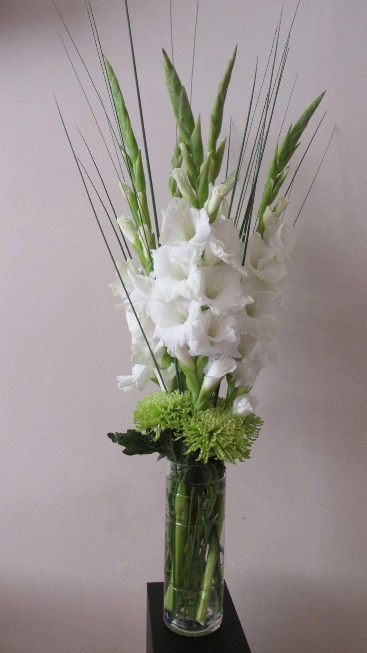 www.occasionangel.co.uk Flower Arrangement, Table centrepiece, White Gladiolus