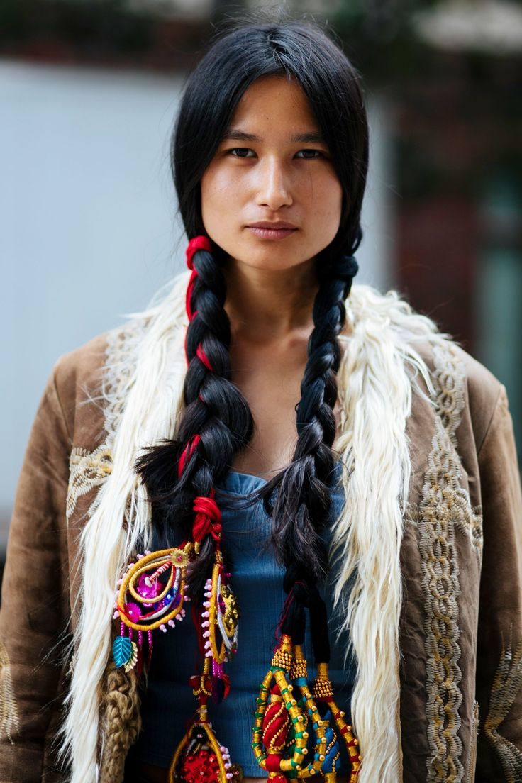 The Street Style Beauty Looks You'll Want To Wear Right Now+#refinery29