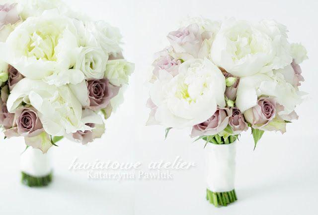 INSPIRACJE ŚLUBNE: Bukiet ślubny ecru z piwonią i różą