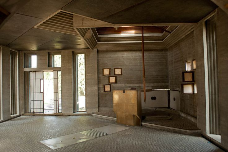 Spotlight: Carlo Scarpa,Brion Tomb and Sanctuary. Image © Flickr CC user Leon