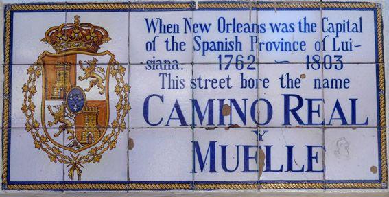 """E descobrimos que Nova Orleans vai muito além do famoso Mardi Gras e da Bourbon Street. Gostamos muito da cidade, de sua culinária e da """"vibe"""" que o maravilhoso jazz espalha por todos os lugares. A cidade é multi cultural, com uma grande influência francesa e espanhola, dos tempos de colonização; africana, dos tristes tempos da escravidão onde muitos negros foram trazidos como escravos para o Sul dos Estados Unidos; e dos povos latino americanos."""