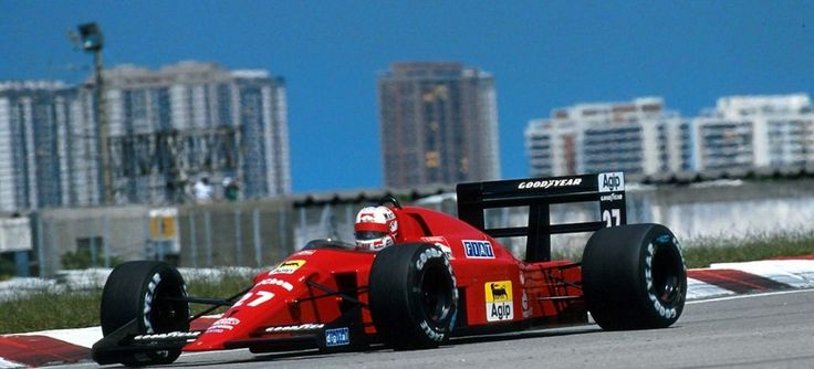 Nigel Mansell in the Ferrari 640 at Jacarepaguá, 1989. This was the first-ever win for a semi-automatic paddle shift F1 car