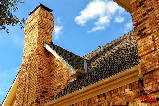 Check out our interactive #Roofing Model Home online at http://www.totalroofing.com/total-residential-roofing-styles.html select the #gutter, wall &/or door that best matches your home & then run through the #roof colors to find one you like best!