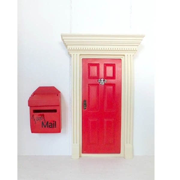 Lil fairy door fairy mailbox fairies fairy doors and for Little fairy mailbox