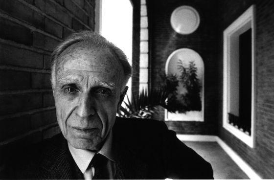 Adolfo Bioy Casares, en Madrid en 1990. / GORKA LEJARCEGILa reinvención del Bioy Casares más querido y desconocido | Actualidad | EL PAÍS