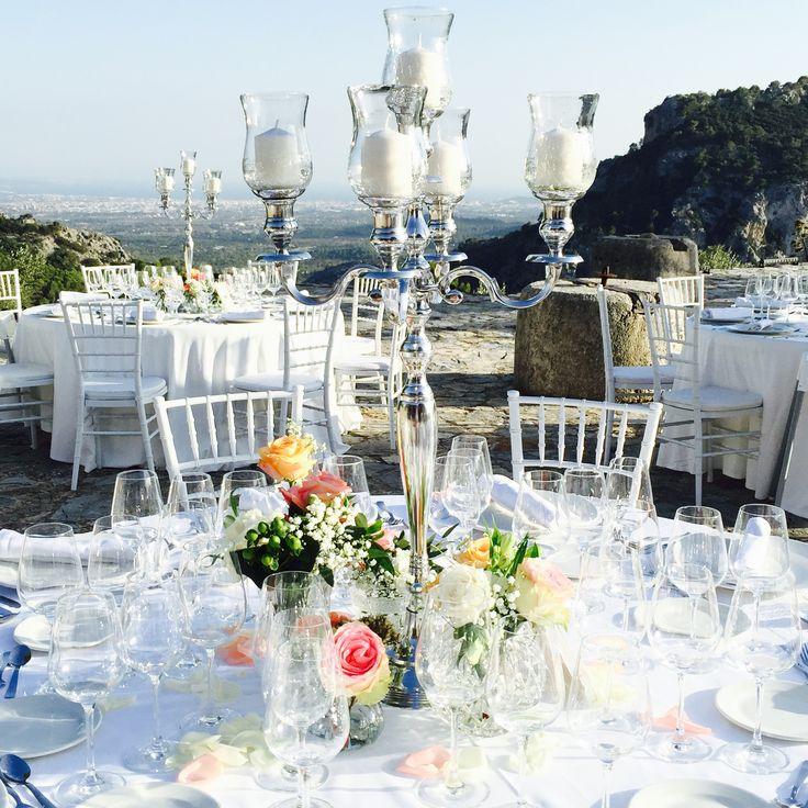 """Hochzeitsdekoration auf einem Privatanwesen """"secret Hot Spot"""" in Valdemossa; Infos zur Location: www.frankiesunshine.com"""
