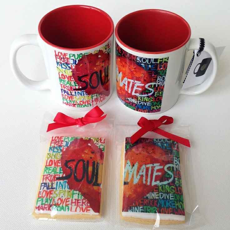 A gift for two. Set of 2 mugs and twin designed cookies. From our love gifts collection. #love #mugs #valentine's #storymood