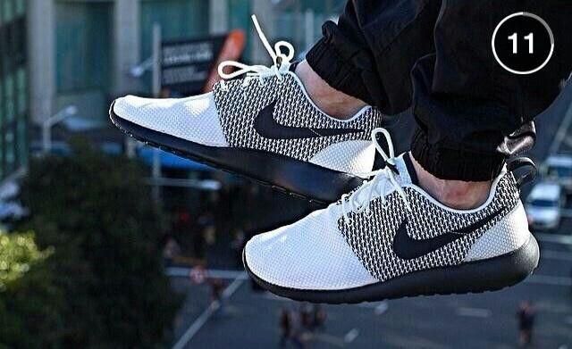 Nike Roshe Doradas