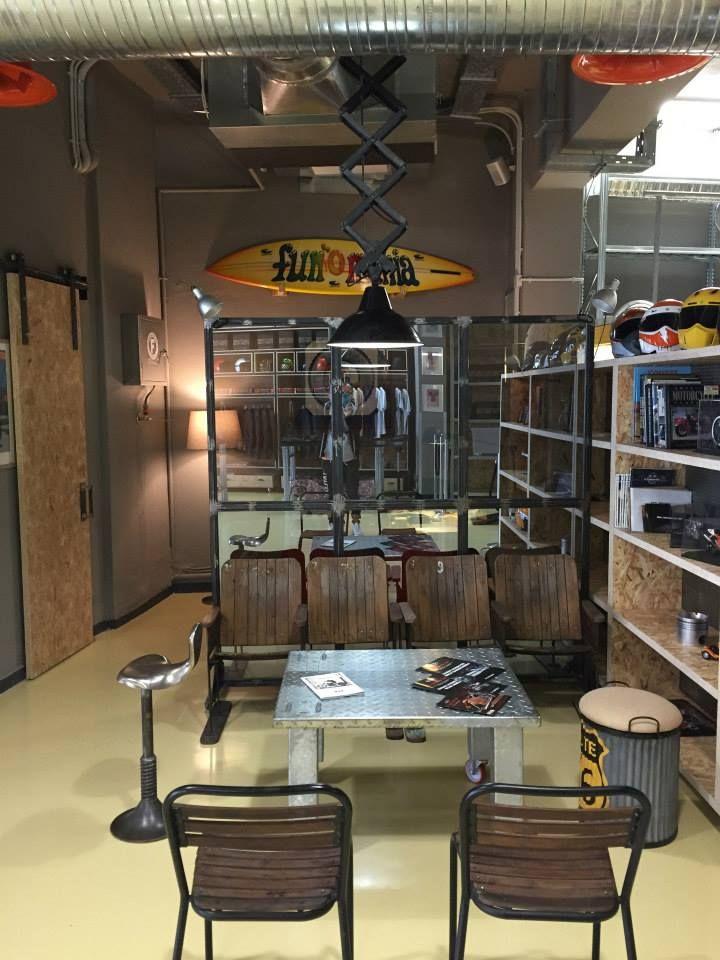 Nikos meets Legendary Motorcycles store