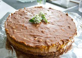 Hämmentäjä: Snickers-kakku Snickers cake