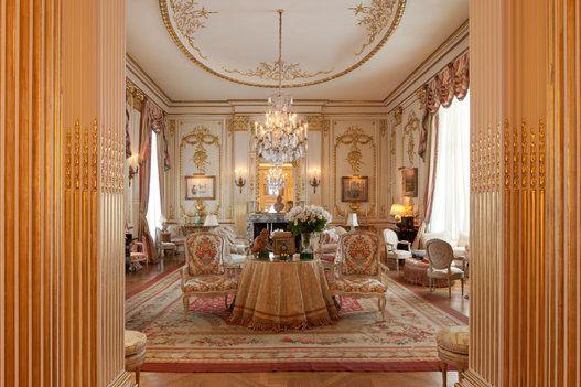 Take A Look Inside Joan Rivers 39 35million Apartment