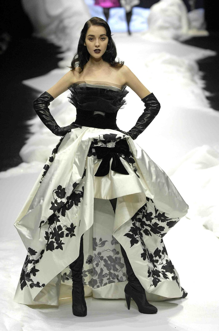 60 Best R O M A N T I C S Images On Pinterest Ellie Saab Couture Jolie Clothing Aftan Dress Georges Chakra Hc Fall Winter 2007