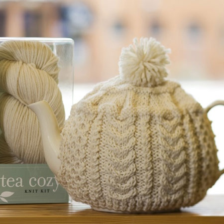 Best 25+ Tea cozy ideas on Pinterest Knitted tea cosies ...