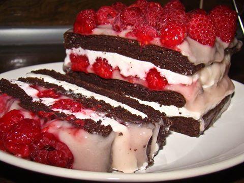 Diétás epres totukrémes paleo torta (lisztmentes, gluténmentes, tejmentes, cukormentes, ch.szegény)