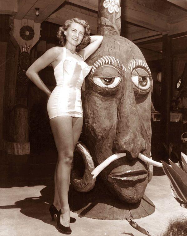 Classic Vintage Tiki!! Bali Hai (San Diego) 1960s.. Vintage Tiki, Tiki Bar, Tiki Lounge, Tiki Décor, Rare Tiki, Tiki Mug!